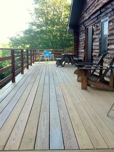 Bridgewater Corners cabin rental - Deck with picnic table and grill