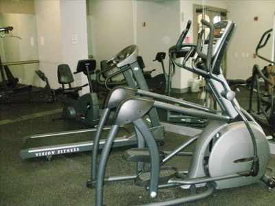 Fitness Center-Elliptical, treadmills, & free weights plus more...