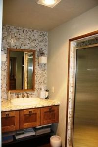 Sister Bay house rental - One of three Master Baths