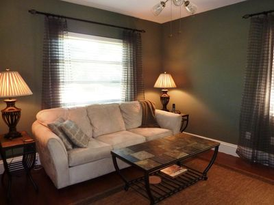 Boca Raton house rental - Den with queen sofabed