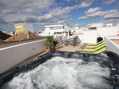Duplex apartment in old town just 1 min from sea with terrace, hot tub & air con