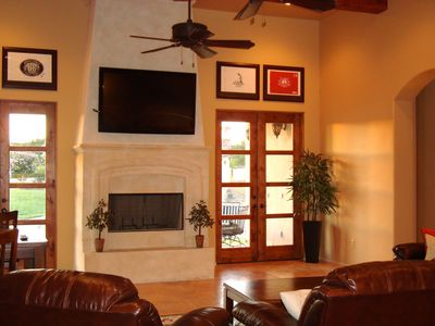 San Antonio villa rental - 55 HD TV in very large family room