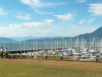 2 blocks from ocean, beach,Royal Vancouver Yacht Club and Tatlow Park.