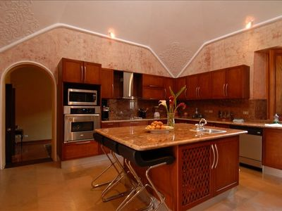 Antigua chateau / country house rental - Modern, fully equipped kitchen