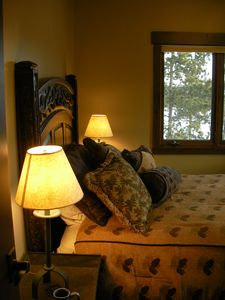 Pine Cone room queen bedroom