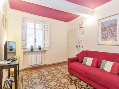 from euro 23/night, first floor apartament within the Walls of Lucca 4/6 people