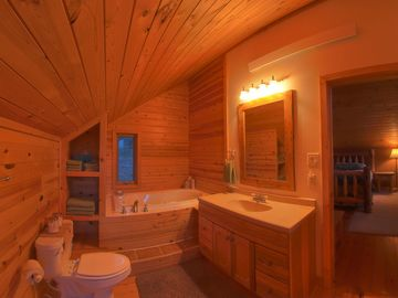 Loft bathroom 2