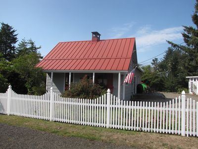 Historic Cottage Near the Beach, Pet Friendly, Clam Digs 1/30 to 2/3