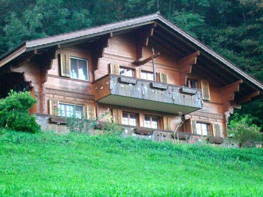 Swiss Chalet On The Lake Of Brienz Homeaway Iseltwald