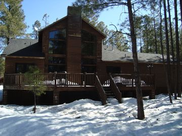 Pinetop cabin rental - Backyard View
