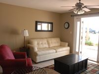 Summer& Fall available!! Steps To Beach  Free Wifi & beach supplies