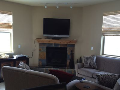 47' TV with cable, fireplace, and views!
