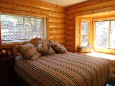 Bedroom 2 - Queen with Flat Screen TV and beautiful Views of the Trees
