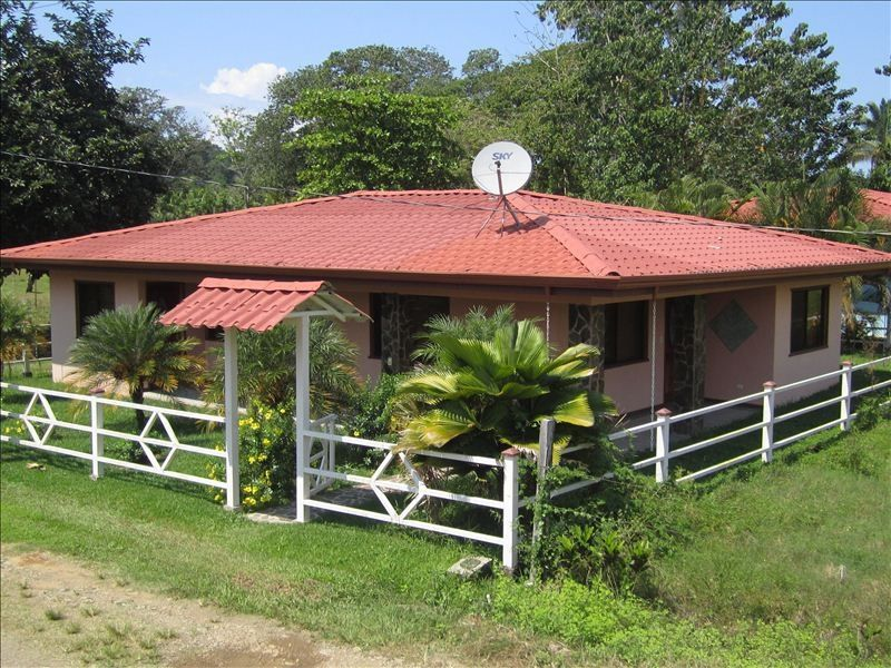 Quiet costa rica beach home for rent vrbo for Costa rica house rental