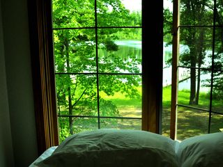 Atlanta lodge photo - Upstairs Queen bed over looking Lake