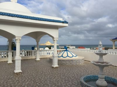 Holiday rentals: Charming house between sea and mountain,