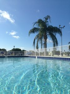 Saltwater Heated Pool directly on Intracoastal !