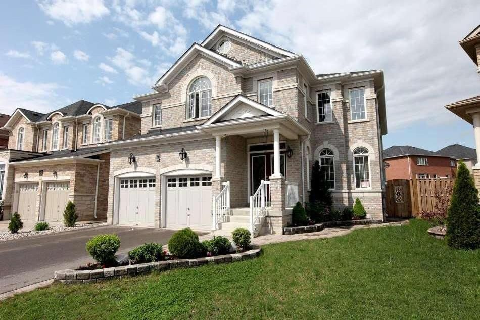 Furnished Luxurious Close To Shoppers World Brampton 5 Br Vacation House For Rent In Brampton