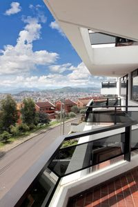 NICE, QUIET AND SPACIOUS APARTMENT WITH THE BEST VIEW OF QUITO