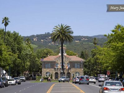 Sonoma apartment rental - Sonoma City Hall and Plaza