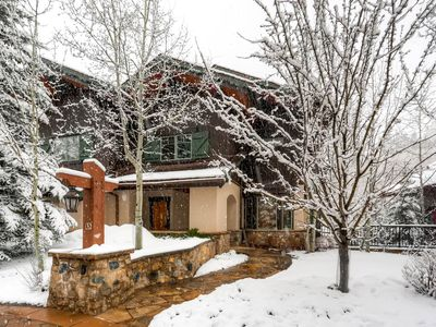 Luxurious 4-bedroom Townhome in Vail, Private hot tub, Gourmet Kitchen
