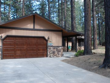Evergreen Estates house rental - Big Bear Lake in the Summer!