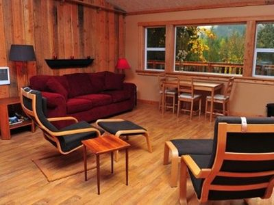 Private 2.5 Acres/Skiing & Hiking Nearby/Hot Tub