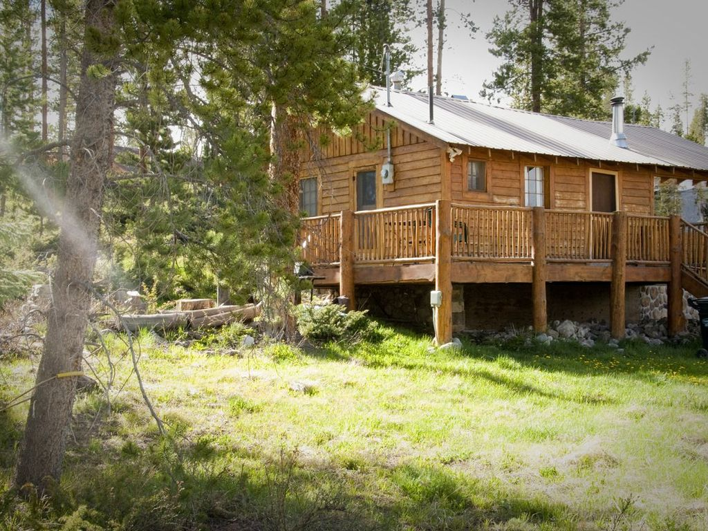 Charming cozy classic mountain cabin vrbo for Cabins near mount magazine