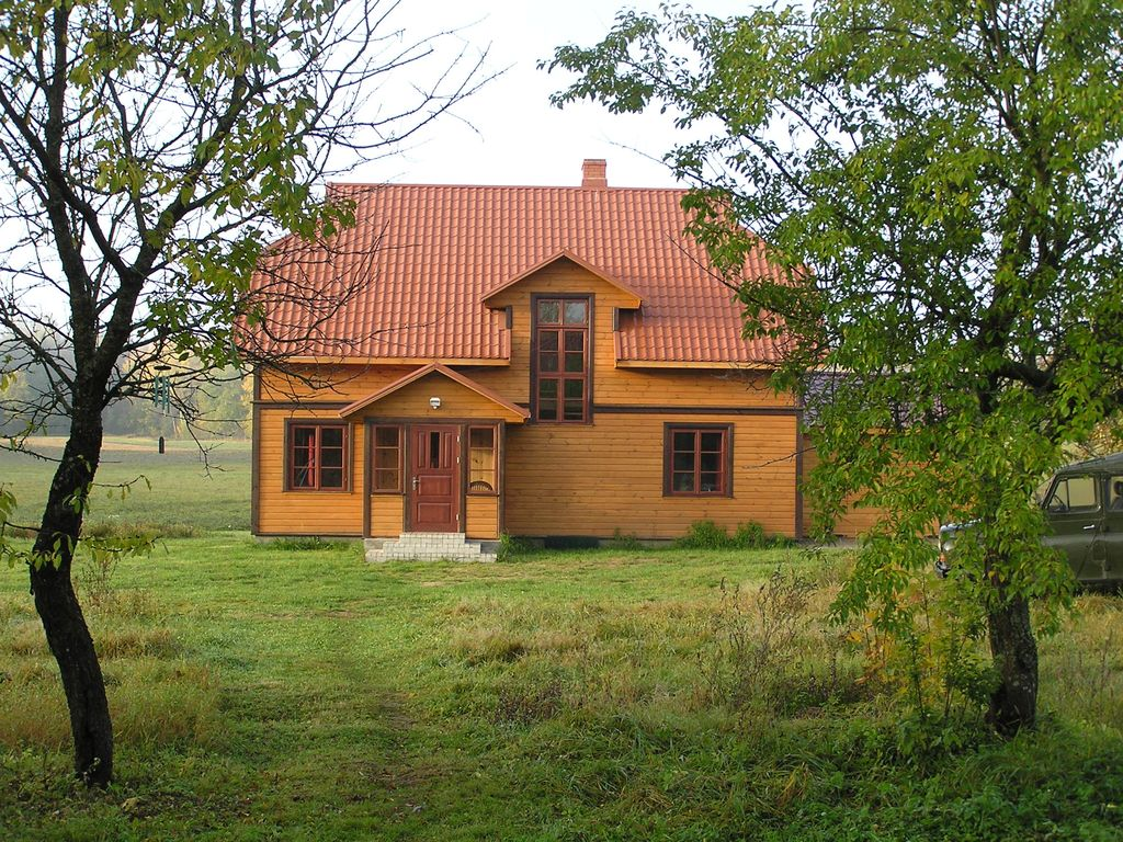 Holiday houses near a pond and surrounded homeaway latvia for Forest house