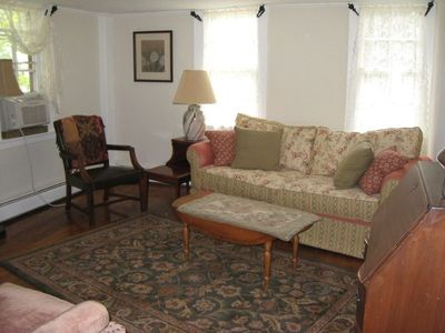 Stagecoach Inn Living Room