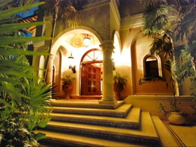 Night view of the gorgeous entrance to Hacienda Ka