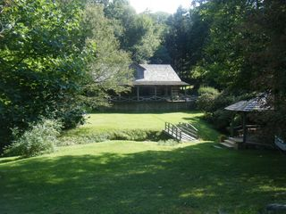 Blowing Rock house photo - Front Yard