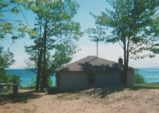 Paradise Lakefront Adorable Cottage-Jun-Nov Saturday to Saturday July & August.