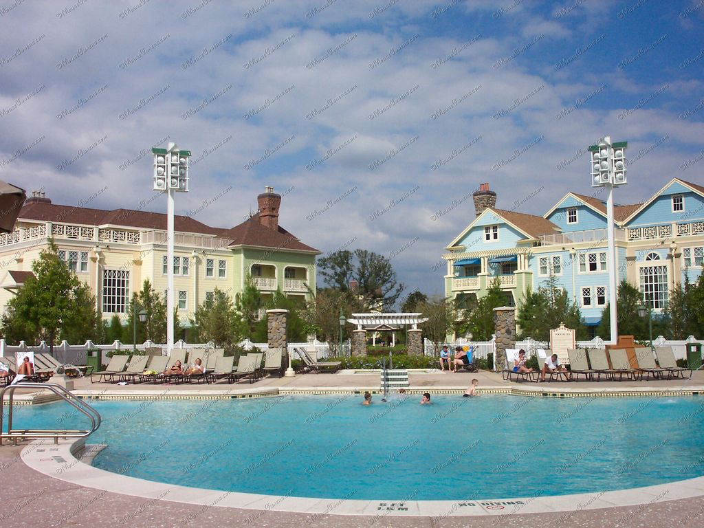 Disneys Saratoga Springs Resort And  HomeAway Lake