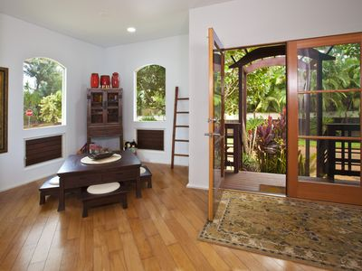 Anahola house rental - Entry Nook.