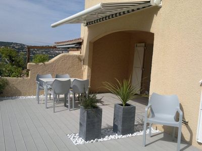 2 bedroom apartment, large terrace with garden, Sainte Maxime