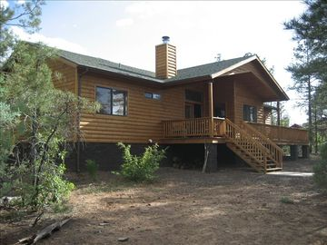 Show Low cabin rental - Back Porch