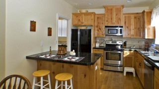 Lincoln City house photo - Full Kitchen with Breakfast Bar