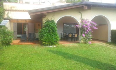 Villa for 5 persons in beautiful Residence with garden and infinity pool, Wi-fi