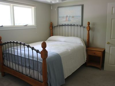 Queen Bedroom: Includes additional furniture for storing clothing, etc...