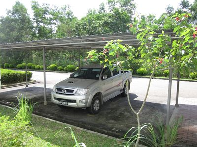 Kota Kinabalu apartment rental - Covered car park