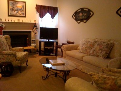 Family Room - Gas fireplace, flat screen cable TV
