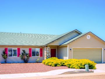 Show Low house rental - This comfortable Show Low vacation rental home offers a quiet getaway full of outdoor adventure!
