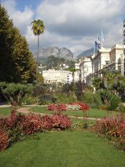 Menton house photo - Public garden with a stunning view of the Alps