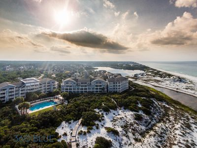 Upscale Condo with GULF VIEWS! Fantastic Porch Space! Community Pool!