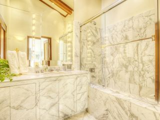 Guest bathroom. - Tiburon house vacation rental photo