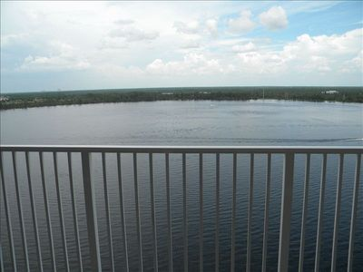 Orlando condo rental - Lake Bryon - Living room balcony