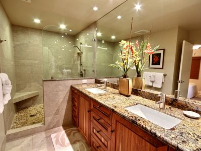 2nd Bathroom, 2 sinks