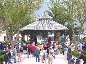 Free show in Mijas village