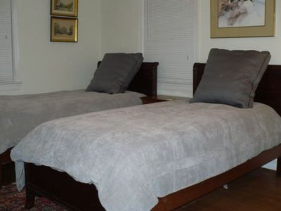 Twin beds in middle bedroom, can be converted to a king bed on request